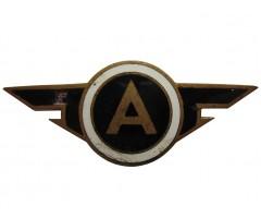 Знак на головной убор работников автомобильного транспорта Эстонской СССР