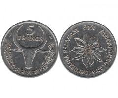 Мадагаскар 5 франков 1972 года