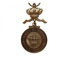 Золотая медаль ордена Короны