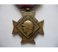 Крест Добровольцев За Военные заслуги (2 тип, 3 класс)..