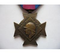 Крест Добровольцев За Военные заслуги (2 тип, 3 класс).