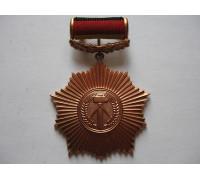 ГДР орден за заслуги перед Отечеством 3 степени