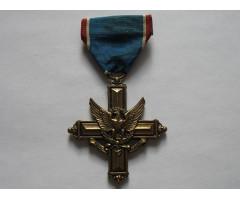 США крест за выдающиеся заслуги