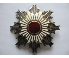 Япония звезда ордена Восходящего солнца